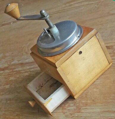 Polih  Vintage Wooden Manual COFFEE GRINDER/MILL Retro Design
