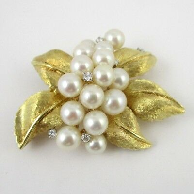 1960's Vintage 18K Yellow Gold 15 Saltwater Pearl & Leaf Brooch With 5 Diamonds