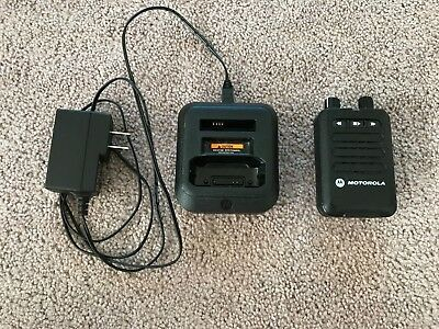 Motorola Minitor VI Pager - VHF 143 -174 MHz 5 Channel Stored Voice w/Charger