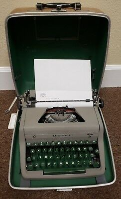 Vintage 1952 Royal Quiet De Luxe Brown Typewriter ALL Green Keys & case