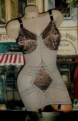 USA 38DD Rago Black Beige Open Bottom Girdle Bra Body Suit 6 Clip 9357