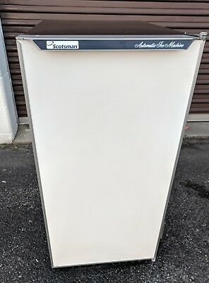 SCOTSMAN 15 inch in White UnderCounter Ice Machine Office Home Bar Parties DCE33