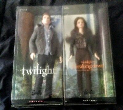 Bella & Edward The Twilight saga /Breaking Dawn PINK  LABEL lot of 2 NRFB VGC