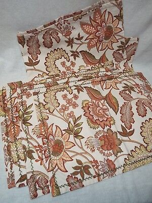 APRIL CORNELL Placemats and Table Runner Leaf Design Fall Harvest