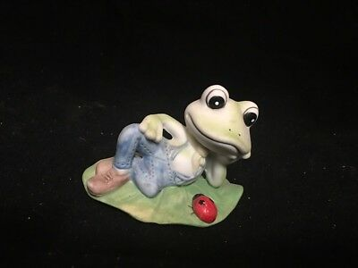 Frog Toad Figurine Porcelain Miniature Statue Sculpture Green Meissen Lily Pad