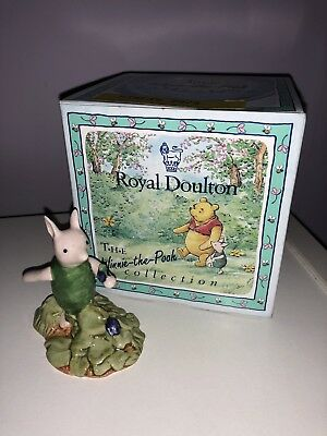 Royal Doulton Winnie the Pooh Collection - Piglet Picking the Violets