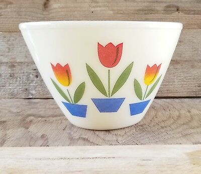 """Vintage Anchor Hocking Fire King Ivory Glass Tulip Nesting Mixing Bowl 9.5"""""""