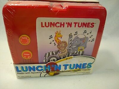 Rare Lunch N Tunes Lunchbox Set with earphones-new in Box