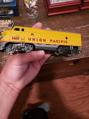 N Scale KATO 176-217 UP Union Pacific F7-A Unit Diesel Locomotive Powered #1467