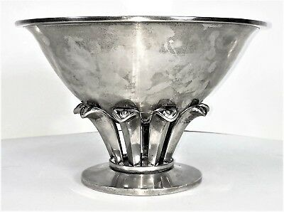 Great Cup Or Table Center. Punched Silver. Art Déco Style. Spain. Circa 1950
