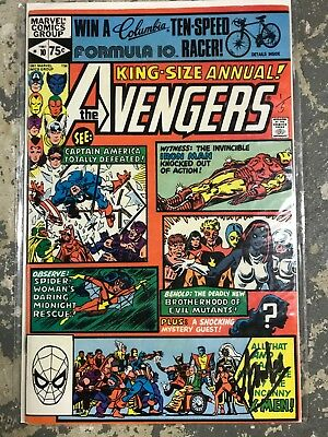 The Avengers King Size Annual #10 Signed By Stan Lee - Rogue 1st Appearance