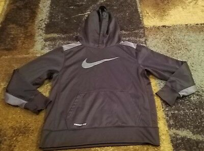 Pre-Owned Boys Nike Therma Fit Black Sweatshirt Youth Large