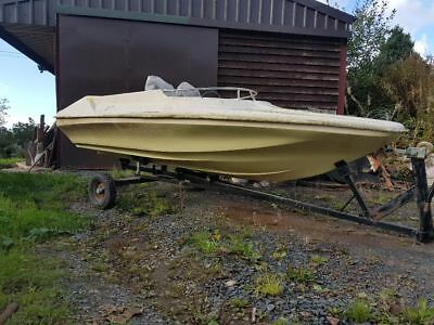 Shakespeare Mini Clubman speedboat project