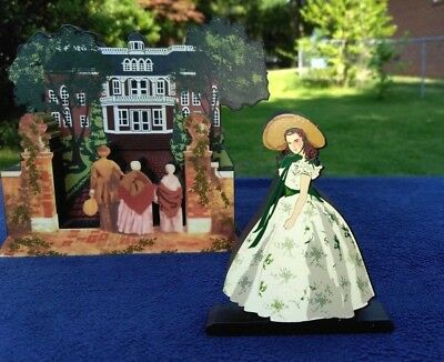 """Shelia's Scarlett & Butler's Atlanta Mansion """"Gone With the Wind"""" Wooden Figures"""