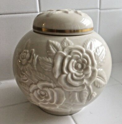 Lenox Roses Ginger Jar Ivory Cream Color with 24K Gold Flowers Floral Vintage