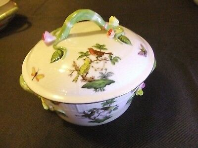 Herend Rothschild Bird Vegetable Pot, Tureen in Mint Condition with Vine Finial