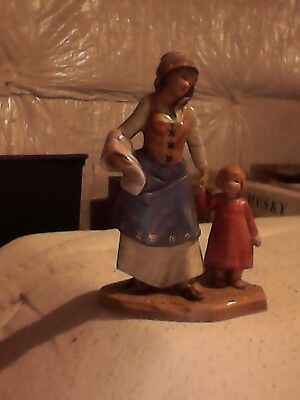 """fontanini 5"""" figurine villager mother and daughter"""