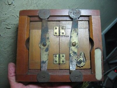 "Antique Patented August 12, 1890  7"" x 6"" Wood & Glass Printing Frame"