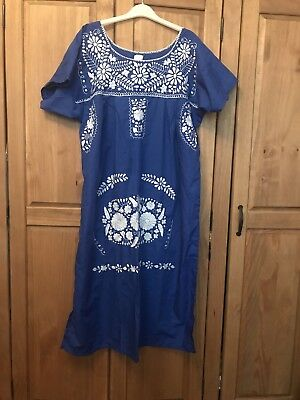Besutiful Blue Traditional Mexican Style Dress With White Embroidery, Size 16