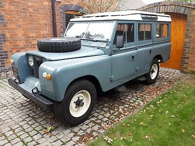 1969 Land Rover - Series 2a Station Wagon