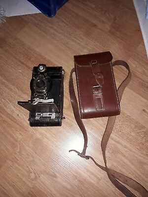 KODAK NO 2 Folding Autographic Brownie Camera 1917 model with leather case