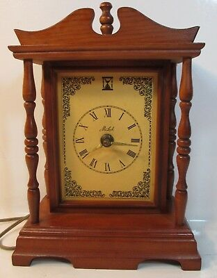 VINTAGE MA LECK Early American Electric Clock. Wingate NC *WORKS*