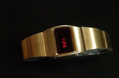 Texas Instruments LED Watch MODEL TI 103 Digitaluhr Space Age MIT FUNKTION gold