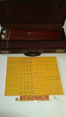 Vintage Bakelite 1930's Mahjong With 152 Tiles and 4 Racks w/ Faux Leather Case