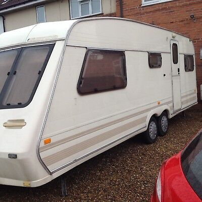 Fleetwood twin axle 1996 4 berth caravan
