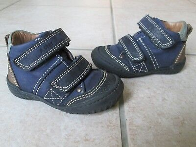 Chaussures Aster pointure 19 ,cuir .