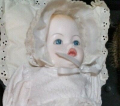 Royal Doulton Nisbet Prince William Baby Doll First Born Dn20 Vintage
