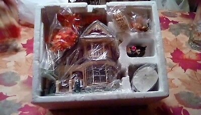 "Dept 56 Snow Village Lighted ""Thanksgiving At Grandmother's House"" 2004"