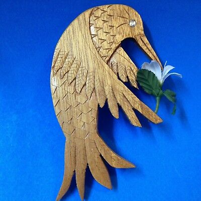Canadian Hand Carved Wood Wall Hanging - Hummingbird - 19.5cm Tall