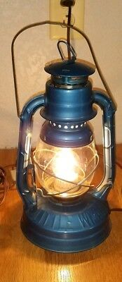 Dietz Little Wizard Vintage Lantern modified into electric lamp!! Clear globe