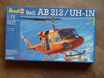 Helicopter Bell AB 212 - Luftrettung Revell 04654 1/72  Bausatz