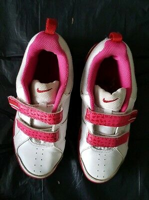 Nike Girls White & Pink Trainers size 2.5 2 1/2 VGC   US 3.5  Euro 35