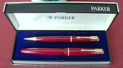 """PARKER """" VICTORY """" FOUNTAIN PEN AND PENCIL, in RED; ENGLAND, EXTREM RARE in BOX"""