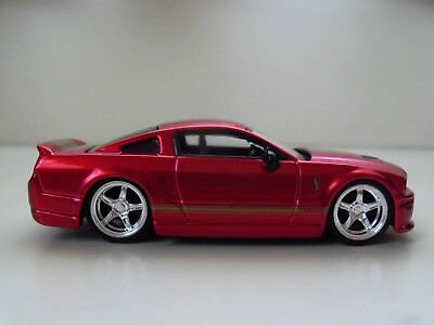 Jada Toys - Dub City - Collectible Vehicle - (2007) '07 Shelby Gt-500 Mustang
