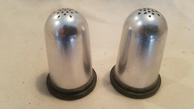 Vintage sewing style Thumb Nubs salt and pepper shakers