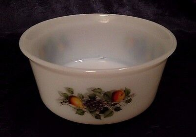 Vintage-Retro JG Durand ARCOPAL; Fruits-of-France Pattern, 7-IN Souffle-Dish