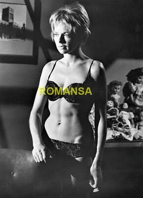 Susannah York 10 X 8 Photograph + Free 6 X 4 Pocket Book Size Photo  R4224
