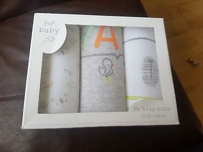 brand new 3 pack boxed baby vests 0-3 months