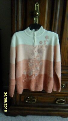 Ladies Pullover Sweater -  Alfred Dunner - L