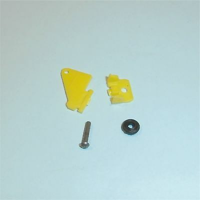 Dinky Toys 715 Beechcraft Baron Yellow Plastic Wheel and Cover Unit