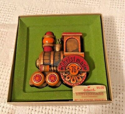 HALLMARK 1976 Yesteryears Train Engine Christmas Tree Ornament Tree Trimmer Box