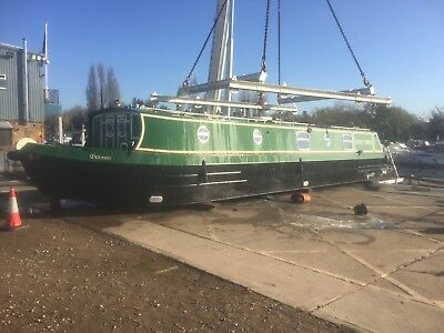 Widebeam live aboard house boat near London recent survey