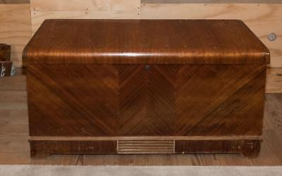 Vintage Caswell-Runyan Cedar Hope Chest Waterfall Trunk Blanket Chest g25