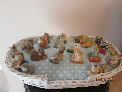 Set Of 21 Enesco & Enesco Calico Kittens with Bed New No Boxes