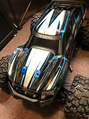 Traxxas Xmaxx Parts body. 6 washers savers, Blue (3D Printed)  X-Maxx