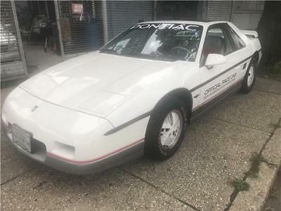 1984 Pontiac Fiero SE Sport 1984 Pontiac Fiero SE Sport 41,965 Miles Candy White coupe 4 Cylinder Engine 2.5